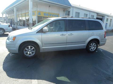 2009 Chrysler Town and Country for sale in Frankfort, IN