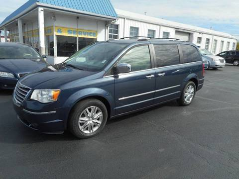 2008 Chrysler Town and Country for sale in Frankfort, IN