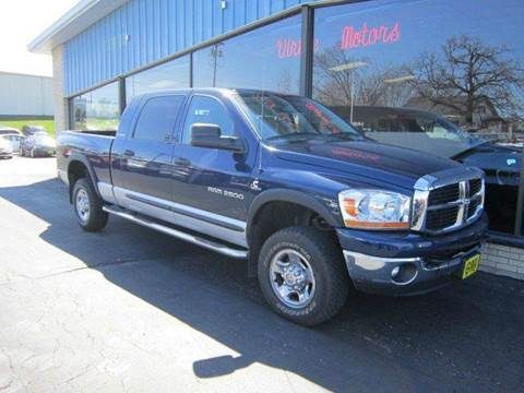 2006 Dodge Ram Pickup 2500 for sale in Darlington, WI