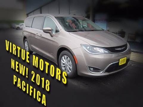 2018 Chrysler Pacifica for sale in Darlington, WI