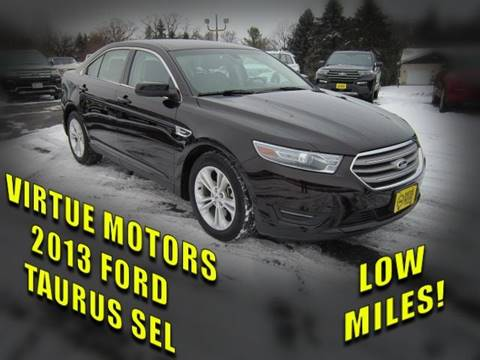 2013 Ford Taurus for sale in Darlington, WI