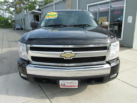 2007 Chevrolet Silverado 1500 for sale at Omega Auto & Truck CTR INC in Salem MA