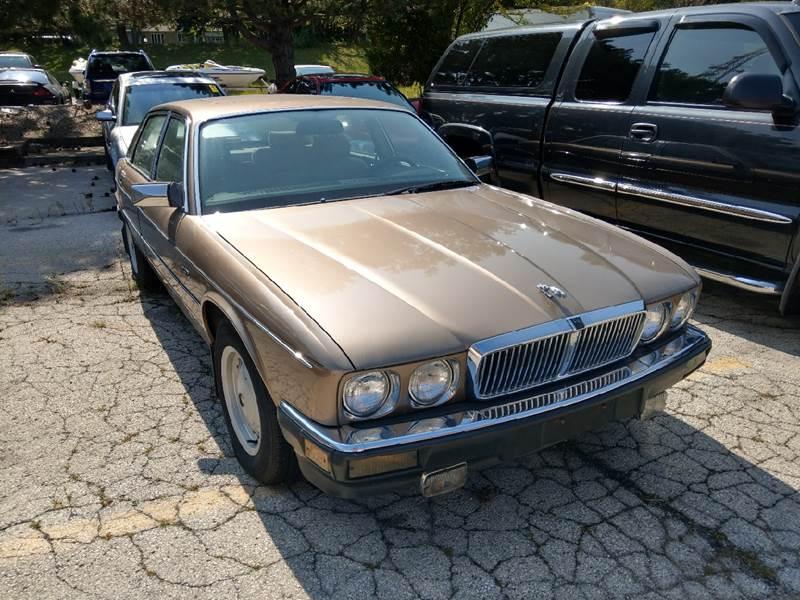 1988 Jaguar XJ-Series for sale at ARP in Waukesha WI
