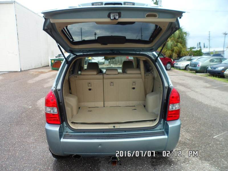 2007 Hyundai Tucson for sale at Fett Motors INC in Pinellas Park FL