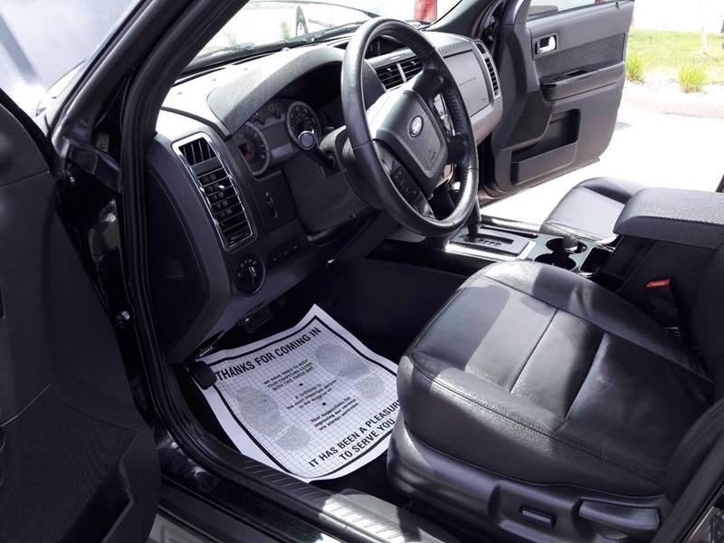 2010 Ford Escape AWD Limited 4dr SUV - Pueblo CO