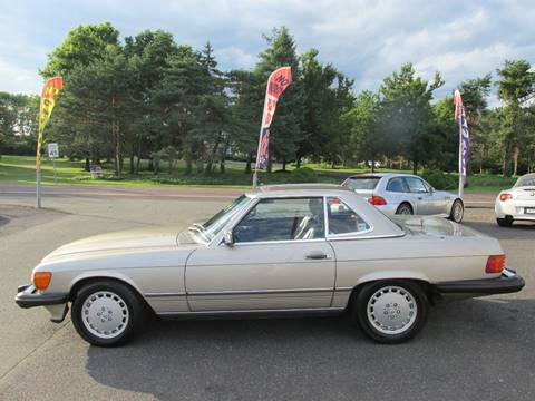 1987 Mercedes-Benz 560-Class for sale at GEG Automotive in Gilbertsville PA