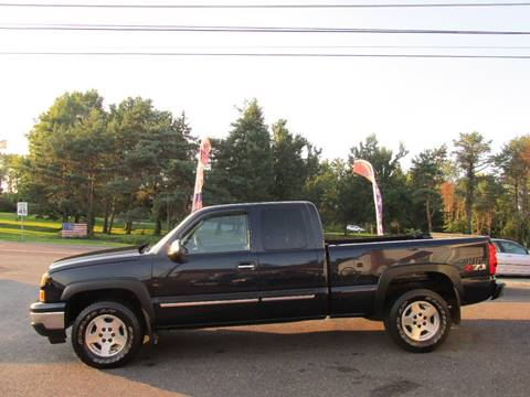 2007 Chevrolet Silverado 1500 Classic for sale at GEG Automotive in Gilbertsville PA