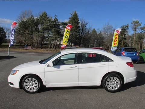 2014 Chrysler 200 for sale at GEG Automotive in Gilbertsville PA