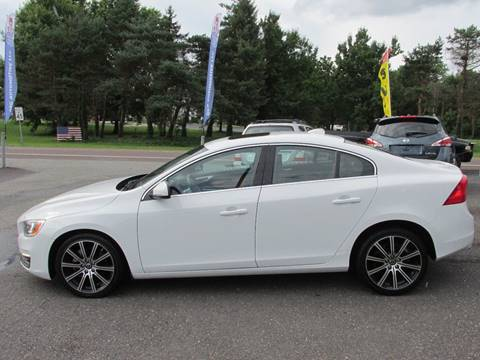 2014 Volvo S60 for sale at GEG Automotive in Gilbertsville PA
