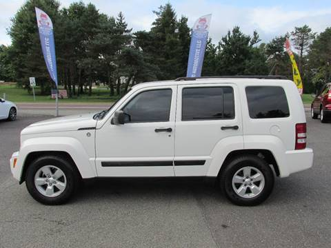 2009 Jeep Liberty for sale at GEG Automotive in Gilbertsville PA