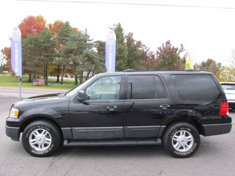 2004 Ford Expedition for sale at GEG Automotive in Gilbertsville PA