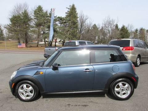 2009 MINI Cooper for sale at GEG Automotive in Gilbertsville PA