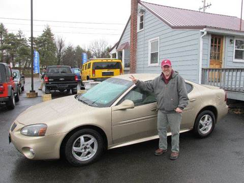 2004 Pontiac Grand Prix for sale at GEG Automotive in Gilbertsville PA