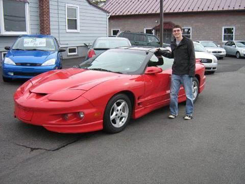 1998 Pontiac Firebird for sale at GEG Automotive in Gilbertsville PA
