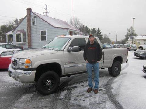2005 GMC Sierra 2500 for sale at GEG Automotive in Gilbertsville PA