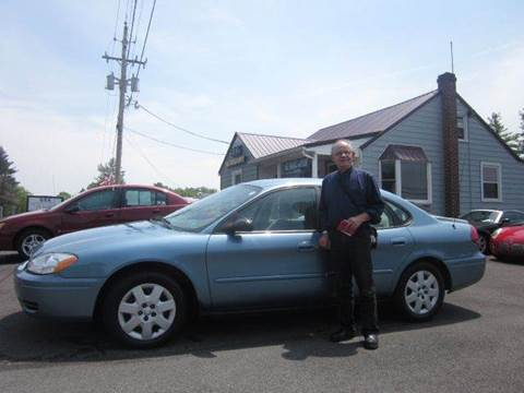 2005 Ford Taurus for sale at GEG Automotive in Gilbertsville PA