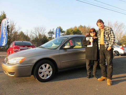 2006 Ford Taurus for sale at GEG Automotive in Gilbertsville PA