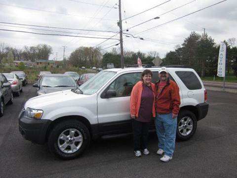2005 Ford Escape for sale at GEG Automotive in Gilbertsville PA