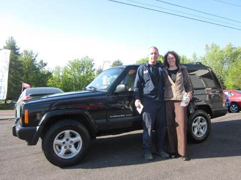 1999 Jeep Cherokee for sale at GEG Automotive in Gilbertsville PA