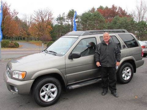 2004 Nissan Pathfinder for sale at GEG Automotive in Gilbertsville PA