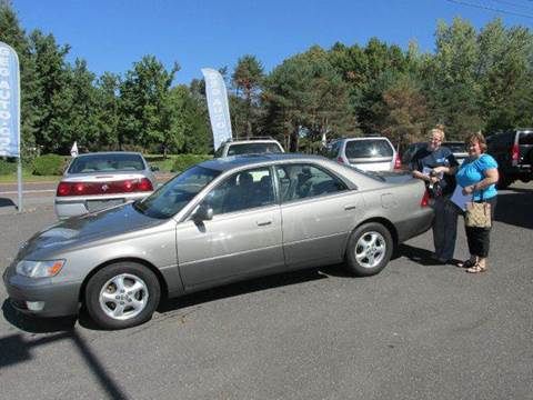 1999 Lexus ES 300 for sale at GEG Automotive in Gilbertsville PA