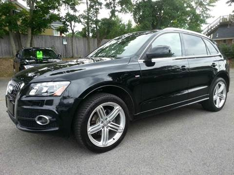 2011 Audi Q5 for sale at Beverly Farms Motors in Beverly MA