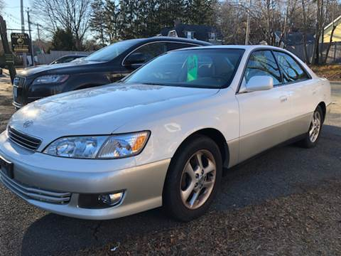 2001 Lexus ES 300 for sale at Beverly Farms Motors in Beverly MA