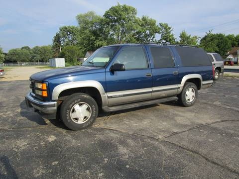 1999 GMC Suburban for sale in Menasha, WI
