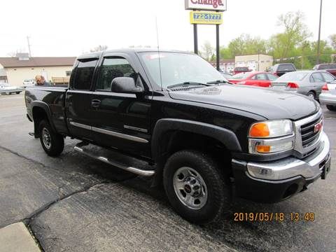 2004 GMC Sierra 2500HD for sale in Menasha, WI