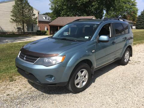 2007 Mitsubishi Outlander for sale at Five Star Auto Group in North Canton OH