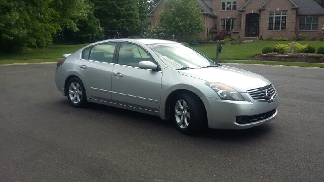 2007 Nissan Altima 25 4dr Sedan In North Canton Oh Five Star Auto