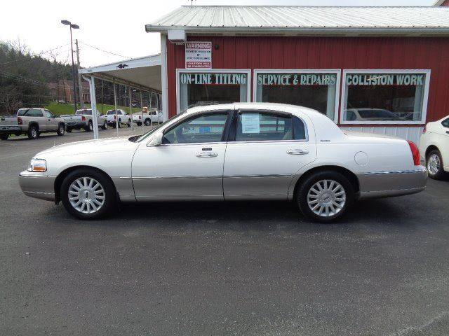 2003 Lincoln Town Car Signature 4dr Sedan In Indiana Pa North East