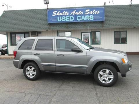 2007 Jeep Grand Cherokee for sale at SHULTS AUTO SALES INC. in Crystal Lake IL