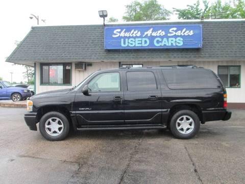 2004 GMC Yukon XL for sale in Crystal Lake, IL