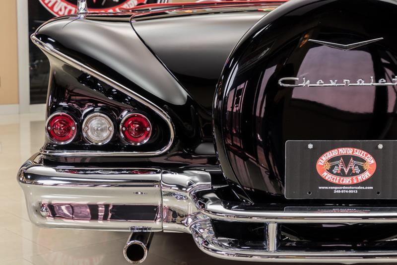 1958 Chevrolet Impala 32