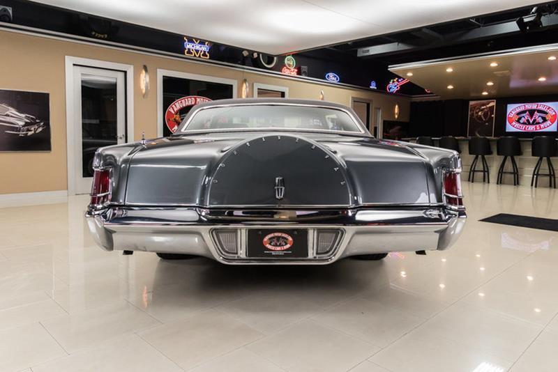 1969 Lincoln Continental 13