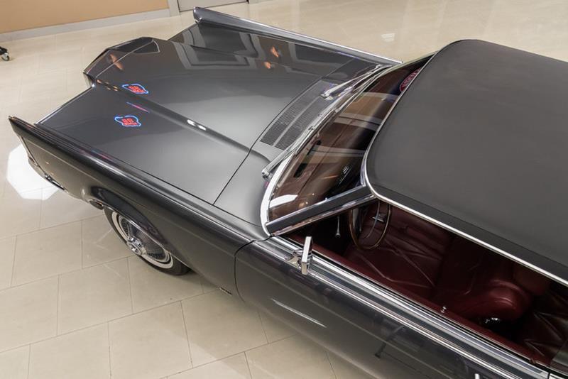 1969 Lincoln Continental 35