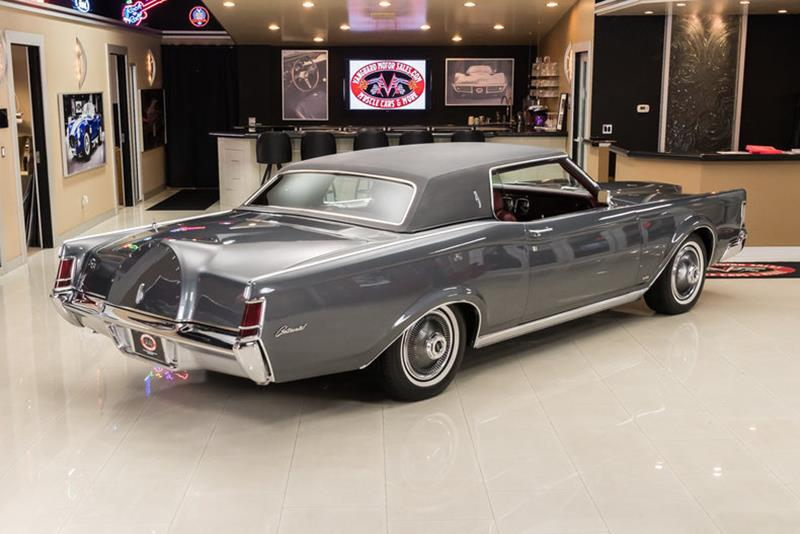 1969 Lincoln Continental 12
