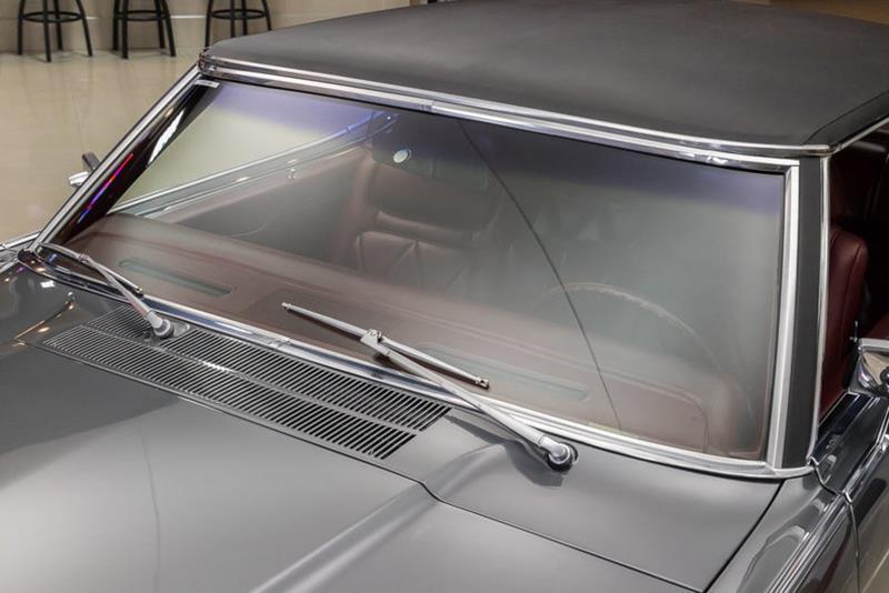 1969 Lincoln Continental 25