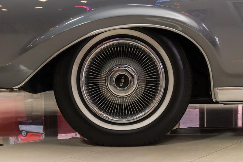 1969 Lincoln Continental 47