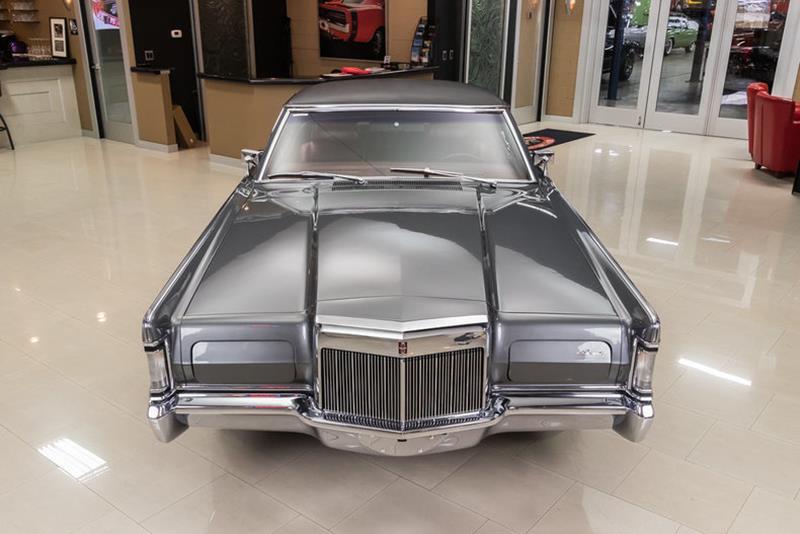 1969 Lincoln Continental 7