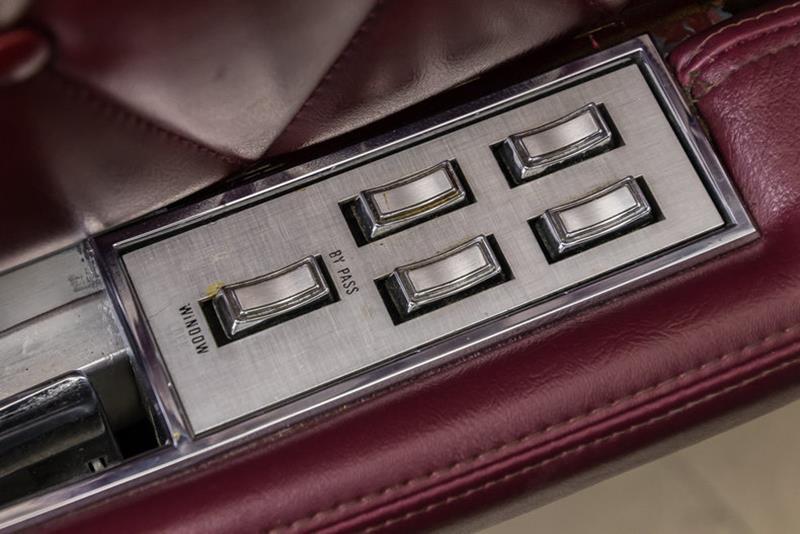 1969 Lincoln Continental 54