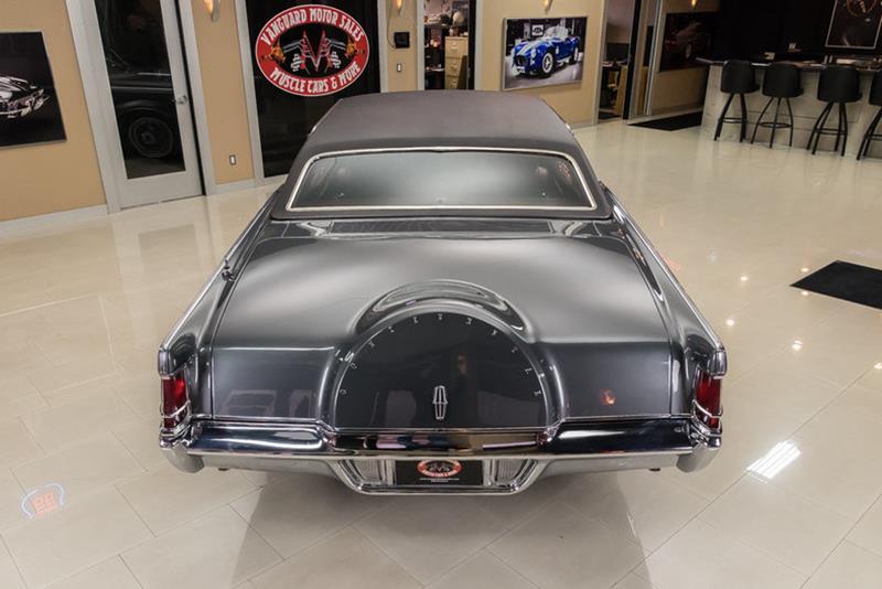 1969 Lincoln Continental 14