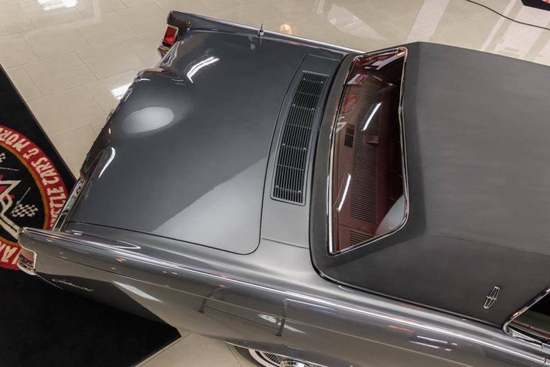 1969 Lincoln Continental 22