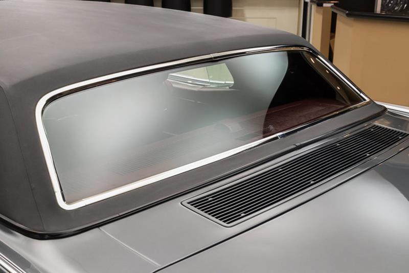 1969 Lincoln Continental 36
