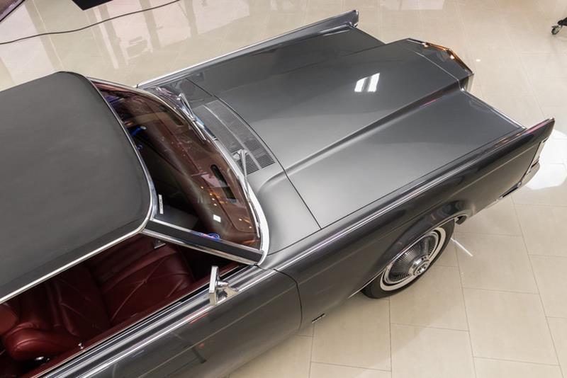 1969 Lincoln Continental 43
