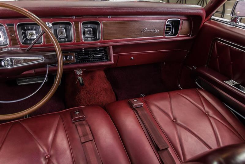 1969 Lincoln Continental 76