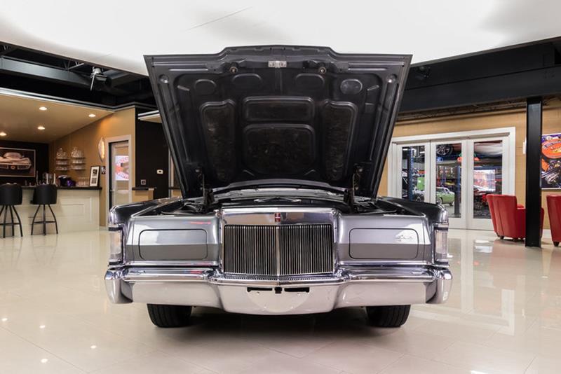 1969 Lincoln Continental 87