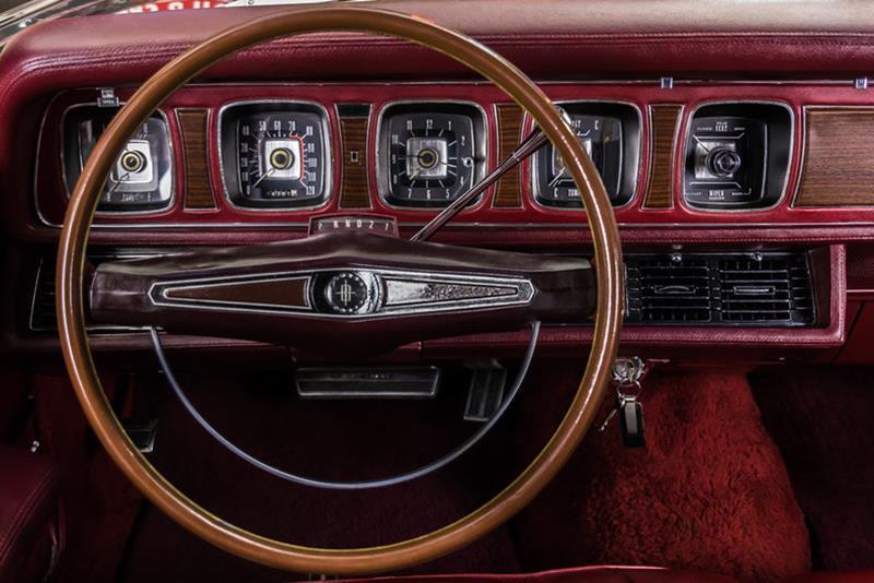 1969 Lincoln Continental 77