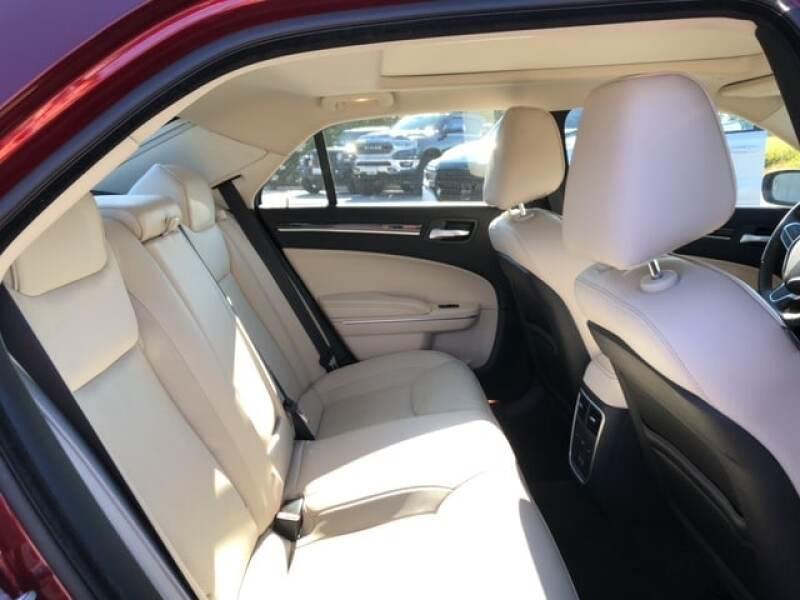 2017 Chrysler 300 C 4dr Sedan - Easton MD